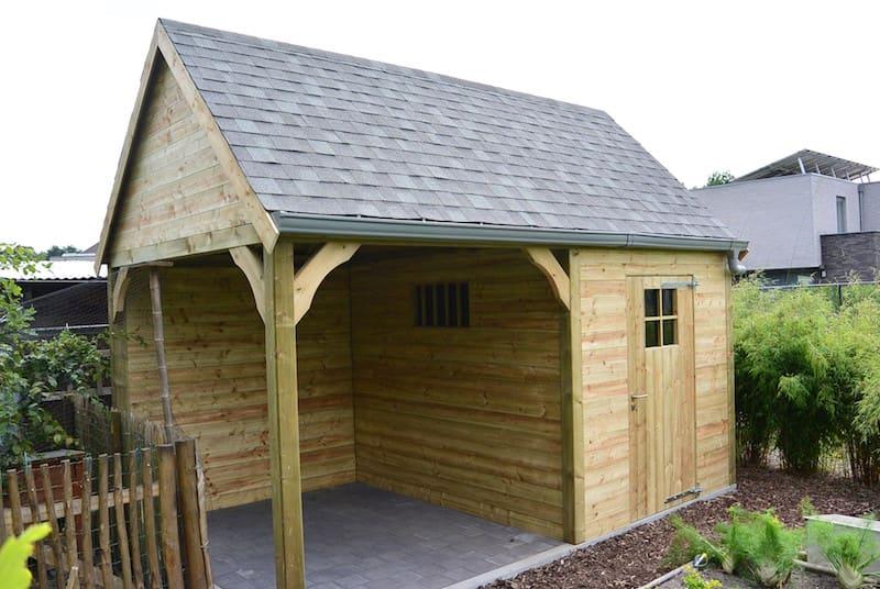 Zadeldak tuinhuis - zitruimte in geïmpregneerd hout